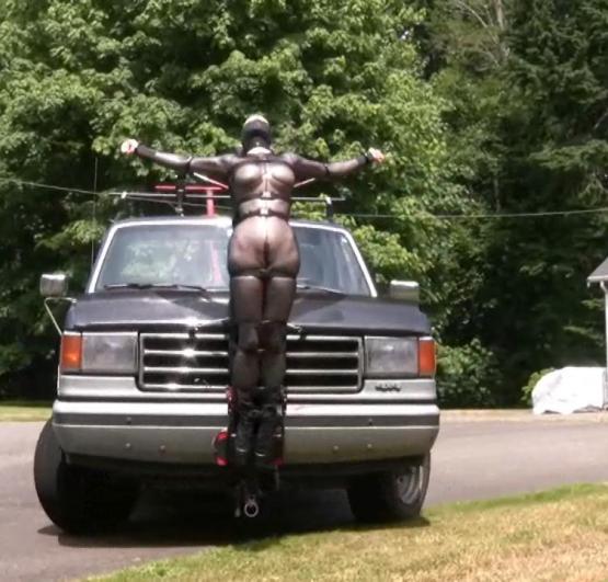 【エロ画像】女を人間と思ってない男のDOQ車がこちらです・・・・・・14枚目