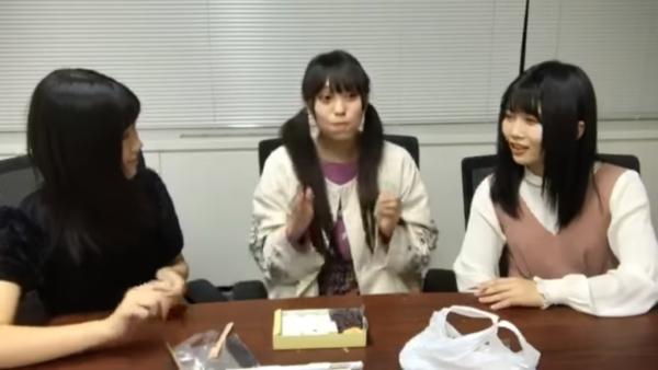【胸チラ・パンチラ】エロチャット化してるアイドルのSHOWROOMのエロ画像集(104枚)・40枚目