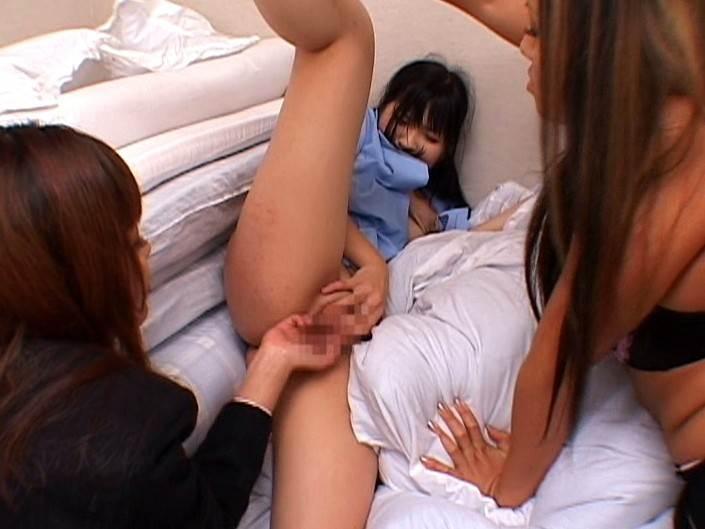 【エロ画像】女子刑務所で行われている性的イジメが壮絶すぎる・・・・13枚目