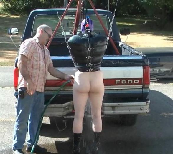 【エロ画像】女を人間と思ってない男のDOQ車がこちらです・・・・・・2枚目