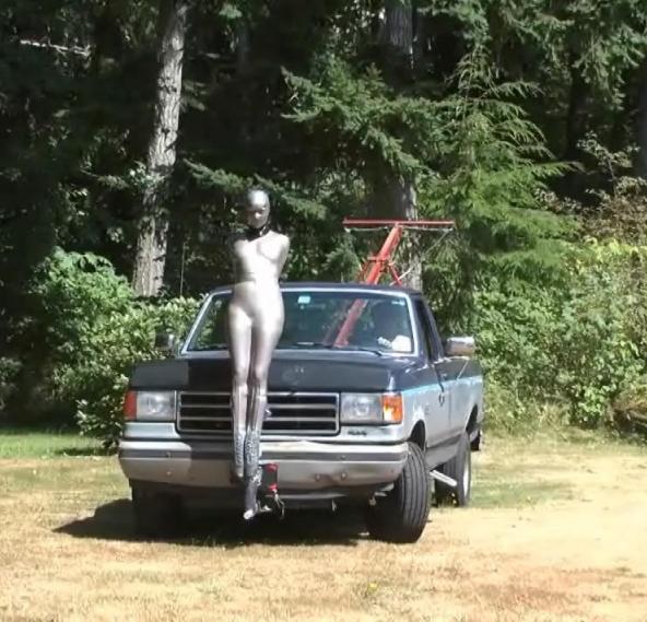 【エロ画像】女を人間と思ってない男のDOQ車がこちらです・・・・・・4枚目