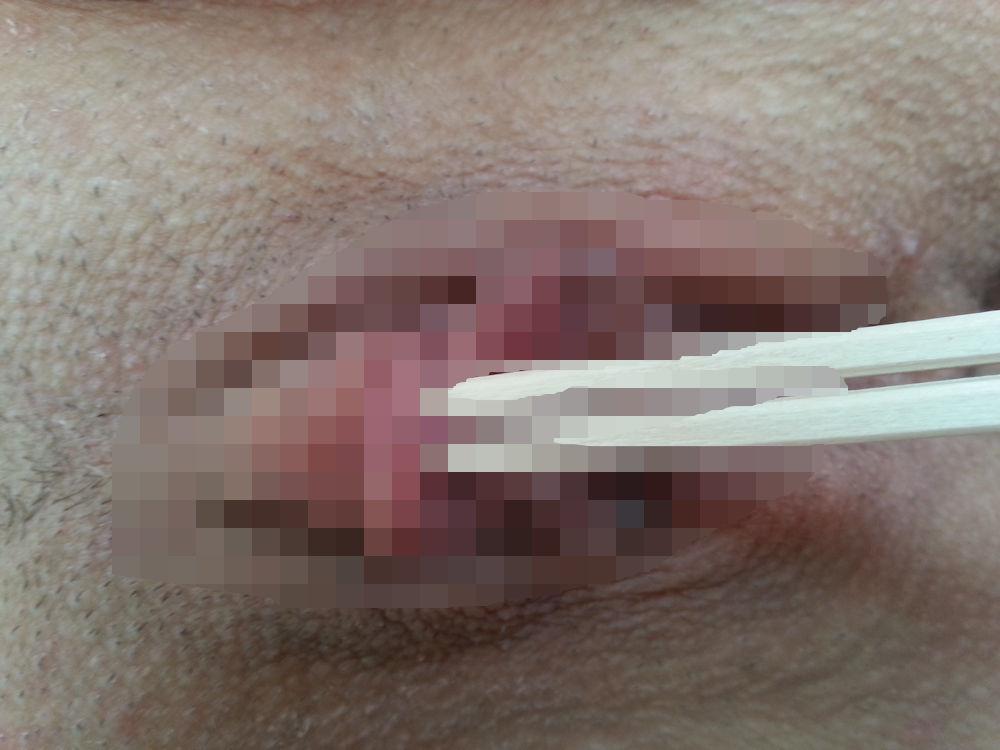 【エロ画像】繊細すぎるエロプレイがこちらです。乳首は豆ですか?wwwwww・31枚目
