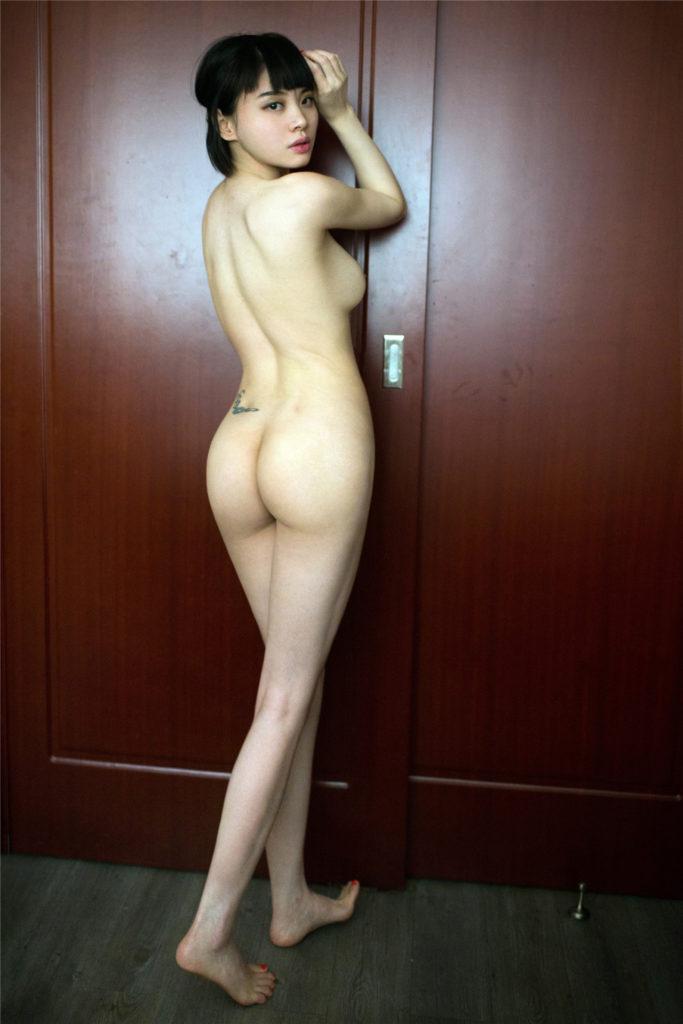 中国人ヌードモデルがガチで「広瀬すず」に激似なんやがwwwwww(エロ画像)・12枚目