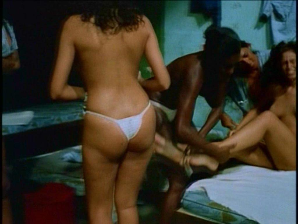 「性的イジメ」海外だとこうなります。。国際的に報道されるやつ…(画像あり)・8枚目