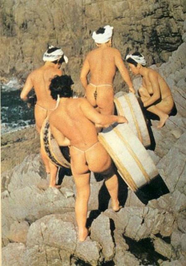 おっぱい丸出しの昔の「海女さん」自然に鍛えられた身体がこちら。(エロ画像)・9枚目