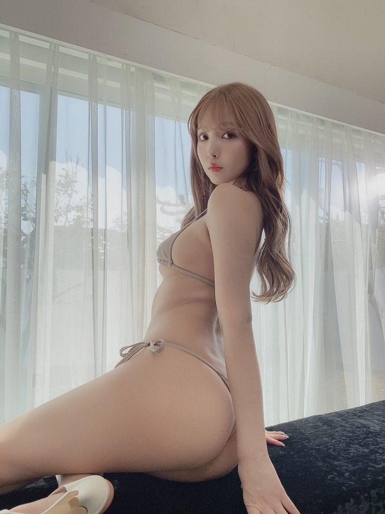 【乳首解禁】巨乳グラドルまんさん、ビーチク解禁してAV転身した女ww(54枚)・20枚目