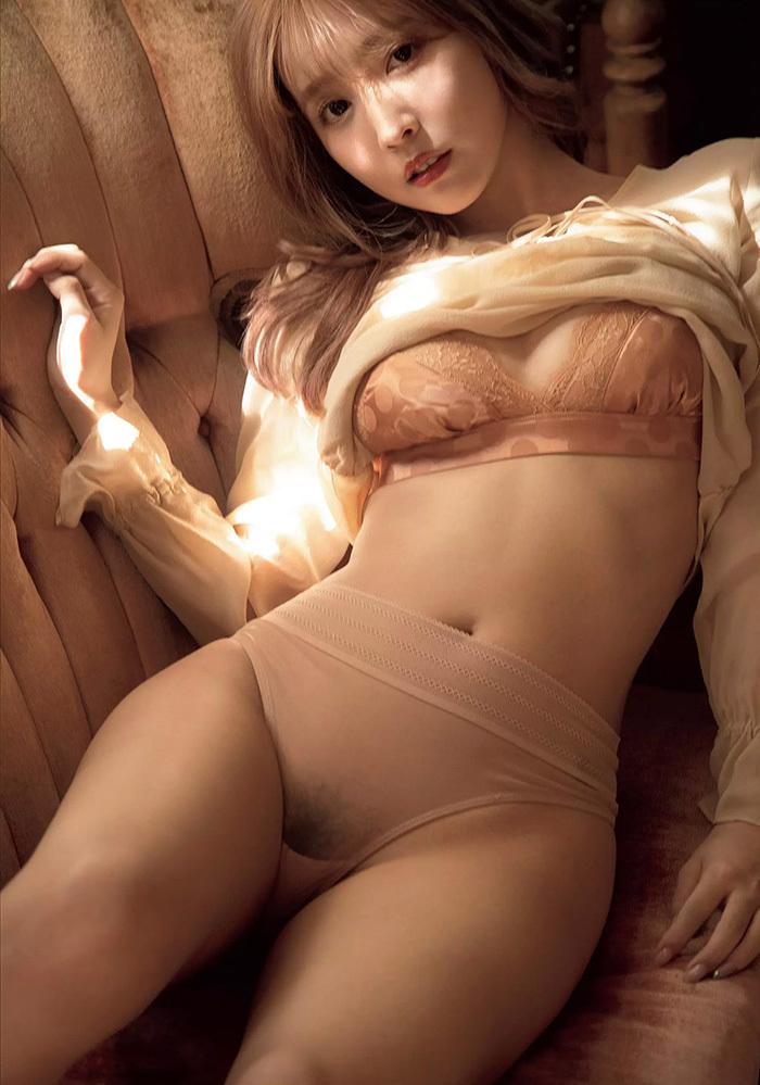 【乳首解禁】巨乳グラドルまんさん、ビーチク解禁してAV転身した女ww(54枚)・22枚目