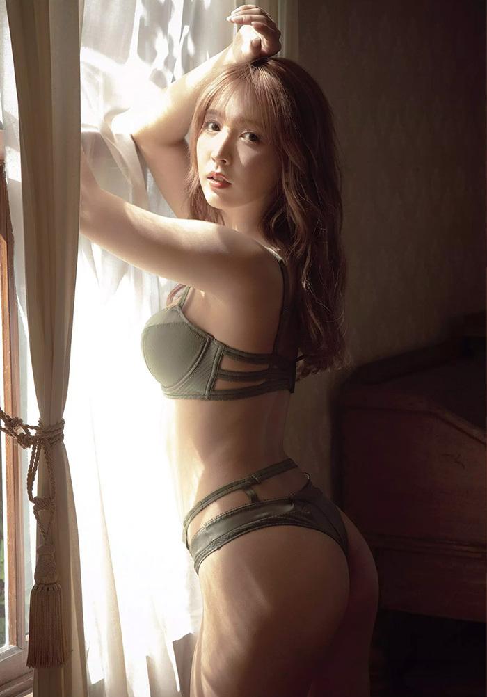 【乳首解禁】巨乳グラドルまんさん、ビーチク解禁してAV転身した女ww(54枚)・23枚目