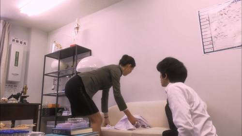 """橋本マナミさん、""""乳首""""を披露するも話題にならずスルーされるwwwwwwww(エロ画像)・12枚目"""
