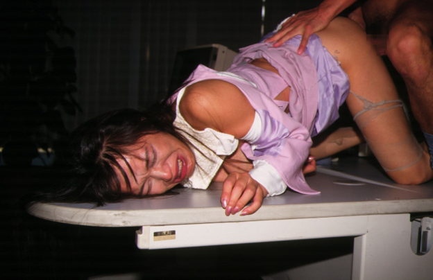【ガチレイプ】これが本物の犯されてる女のエロ画像です・・・・・(画像あり)・39枚目