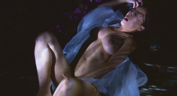 女優ヌード…常盤貴子、宮沢りえ、栗山千明ら封印された女優のフルヌード画像を並べてみた…・19枚目