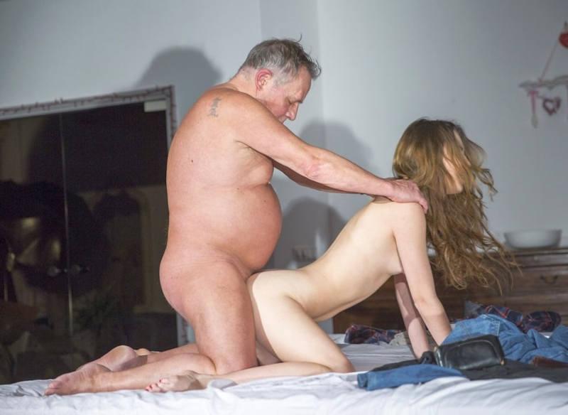 【近親相姦】これヤバくないか…身内でセックスしてるヤツら・・・・・51枚目
