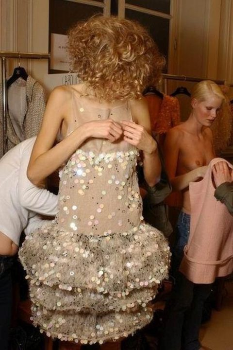 【パリコレ】エロすぎる世界一のファッションショー、おっぱいも最強やったwwwww(100枚)・1枚目
