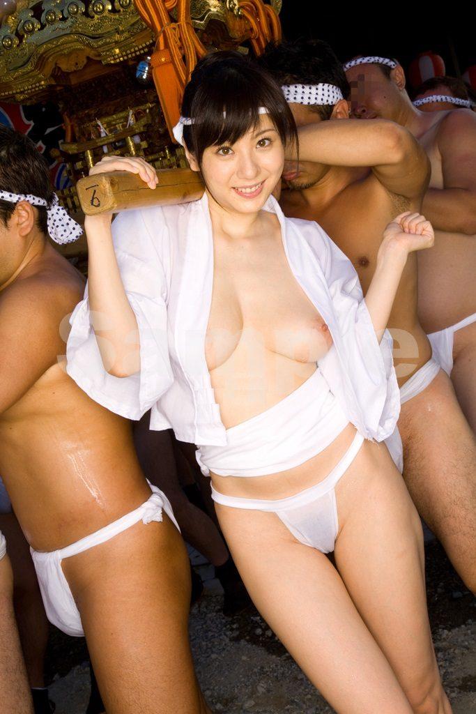 【エロ画像】日本でも最もエロい「祭り」がこちら。10代もいるらしい…・17枚目