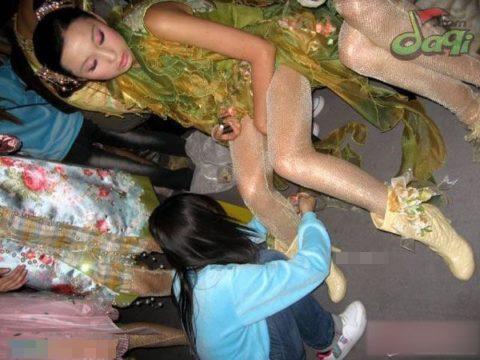 【パリコレ】エロすぎる世界一のファッションショー、おっぱいも最強やったwwwww(100枚)・17枚目