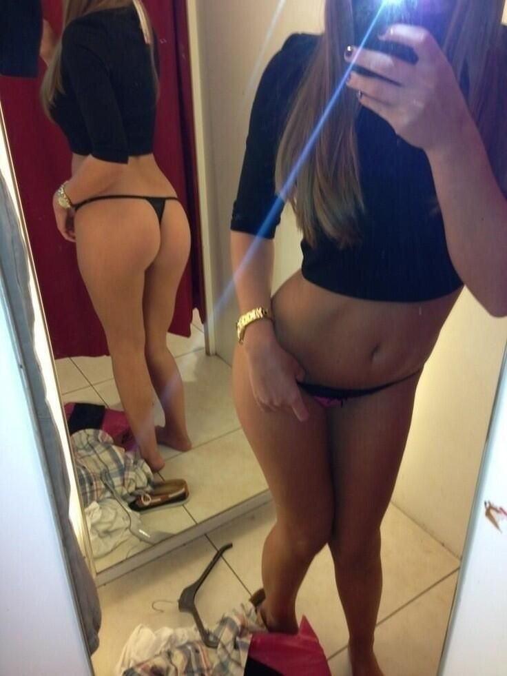 素人まんさん、更衣室や試着室で裸体を写してうpしてしまうwwwww(34枚)・17枚目
