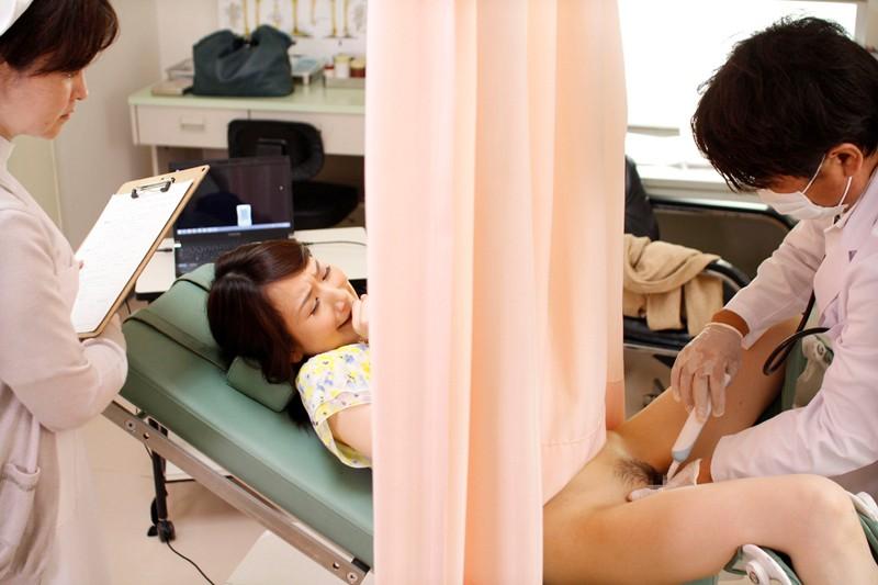 【流出】産婦人科のアホ女医が女性患者のアソコを晒してしまうwwwwwww・5枚目
