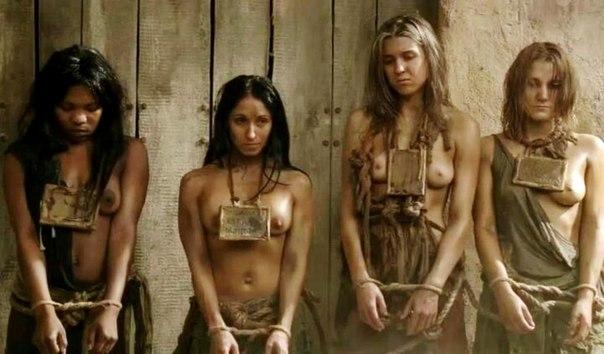 拉致された女性たちの末路…競り落とされたらもっと地獄が待ってる(画像あり)・1枚目