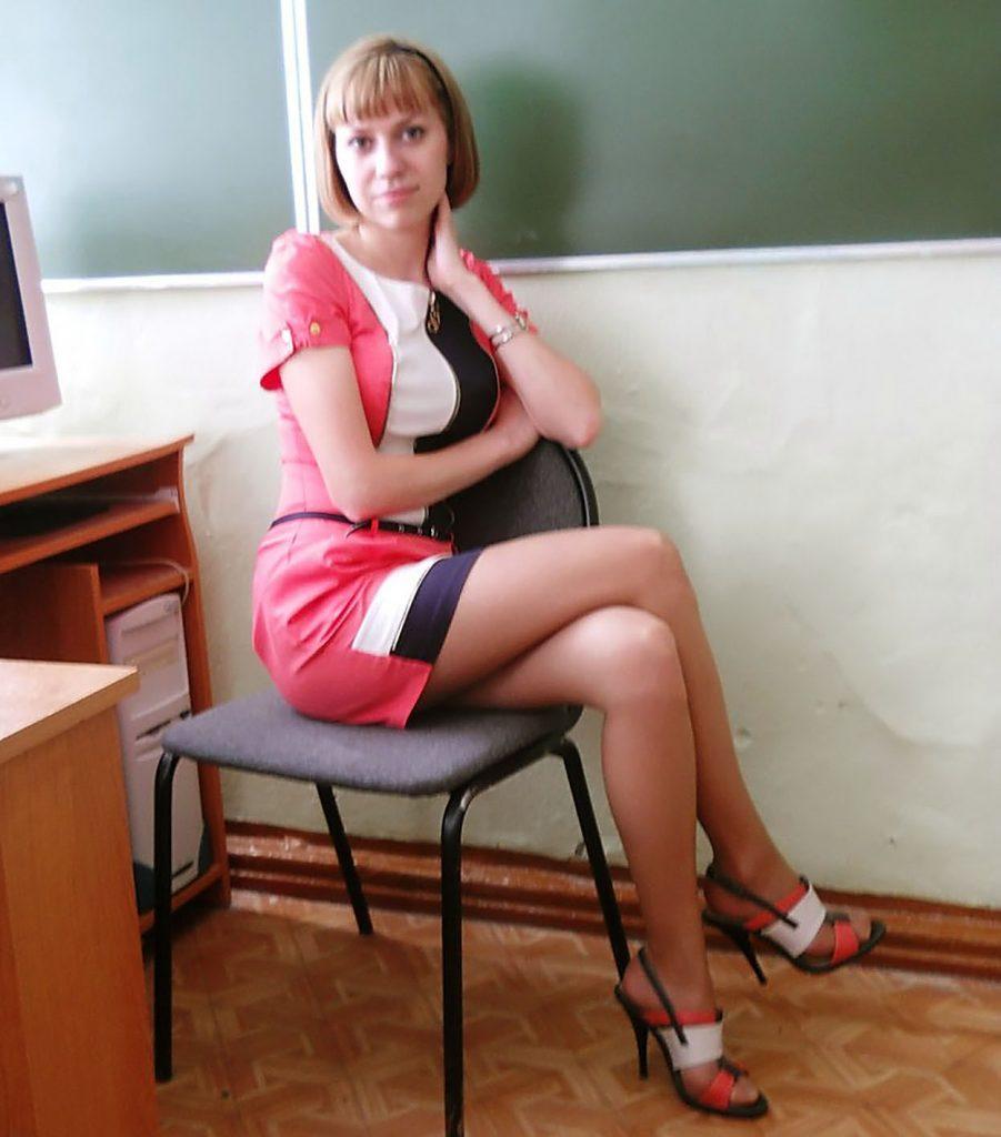 【ガチ女教師】クッソエロい学校の先生が撮影される。。・16枚目