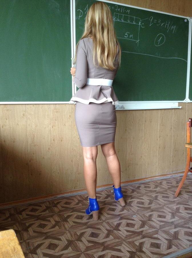 【ガチ女教師】クッソエロい学校の先生が撮影される。。・2枚目