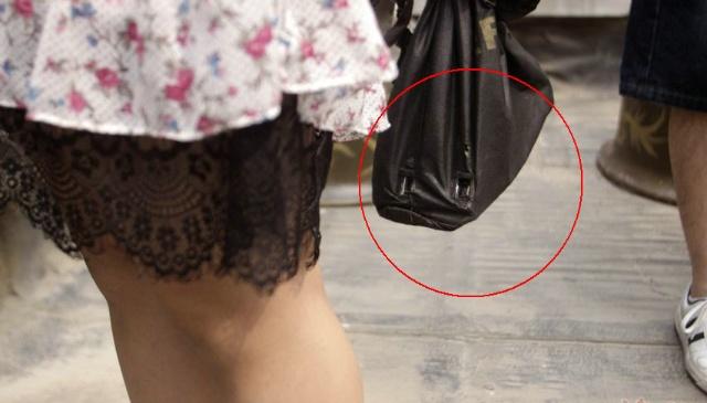 盗撮された女さん、盗撮犯と共に晒される。。ただの巻き添えwwwww(エロ画像)・12枚目