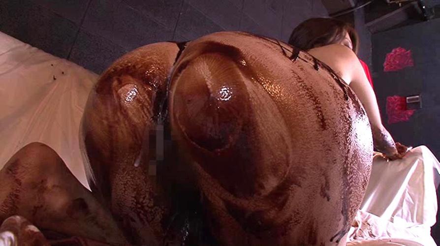 【エロ画像】チョコフォンデュプレイとかいう意味不明な行為…・8枚目