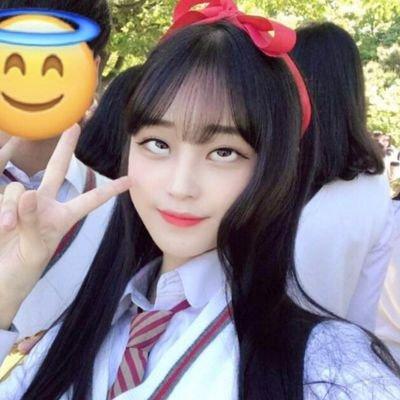 韓国女子の間で流行してる「アへ顔選手権」完全に狂っとるwwwwww・11枚目