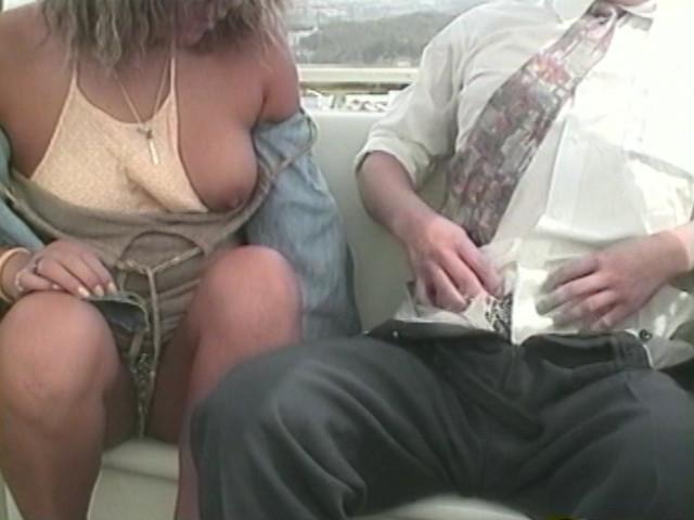 痴女がマジキチ女が隣の観覧車にいる…こっちにくぽぁしとるwwwwww・19枚目