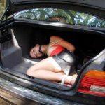 【誘拐エロ】拉致されたまんさん、運搬前に撮影された最後の画像がこれ・・・